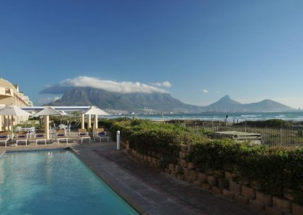 HolidayCorp – 3* CPT Beachfront Apartments - Leisure Bay