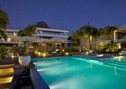 HolidayCorp–Leora Beachfront Apartments -Mauritius