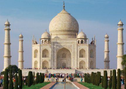 HolidayCorp-North India Tour - India