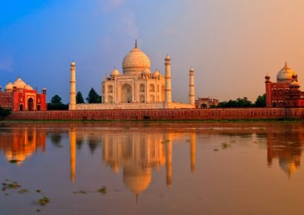 HolidayCorp-Golden Triangle India