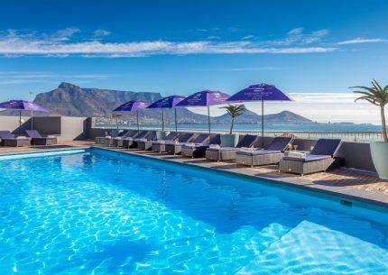 HolidayCorp-Lagoon Beach Hotel - Milnerton